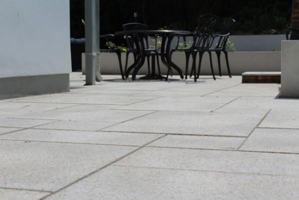 Brown granite paving slabs   Lantoom Quarry suppliers of natural ...