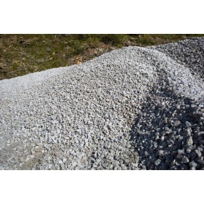 Granite chippings for driveways and pathways