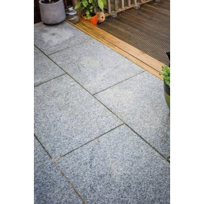 Silver grey granite paving used to create a patio paving pack.