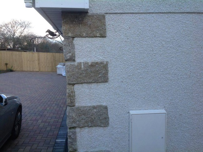 Granite quoins