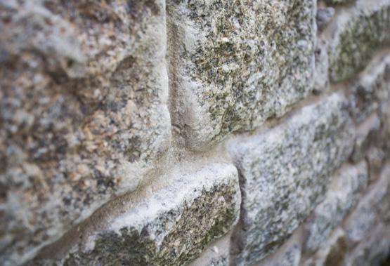 Granite walling stone