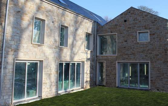Cornish cropped granite