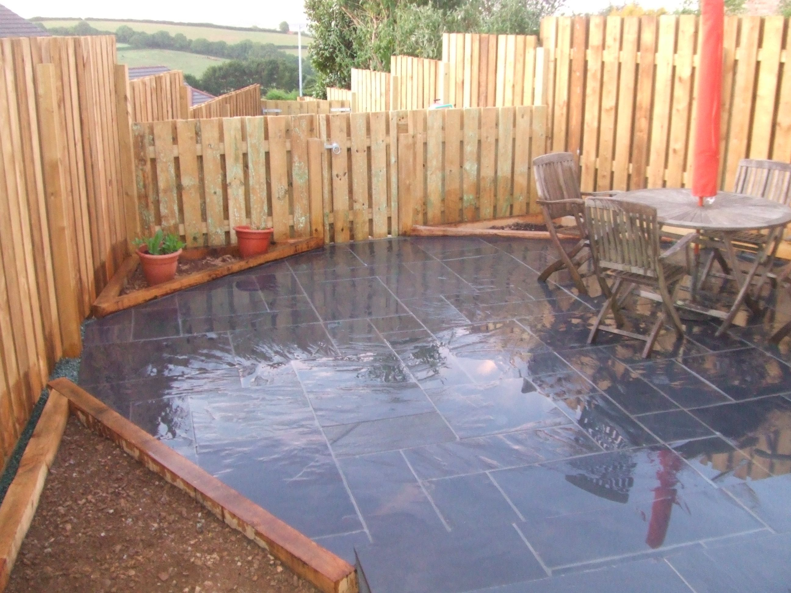 Slate paving lantoom quarry suppliers of natural cornish for Garden patio slab designs